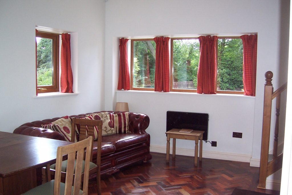 Holt Bank, accommodation in Huddersfield